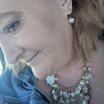 pearl statement necklace on me